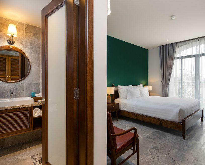 02 Bedroom Suite